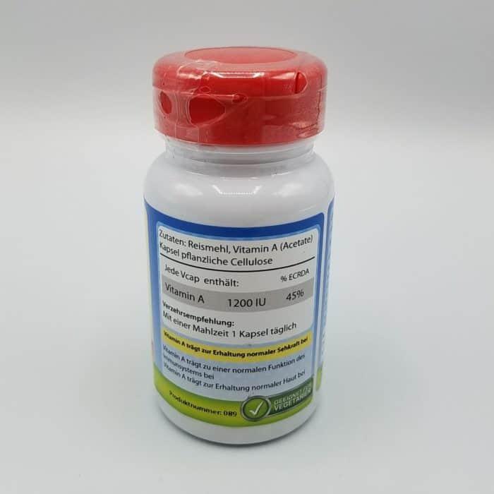 Seitenansicht Vitamin A Kapseln